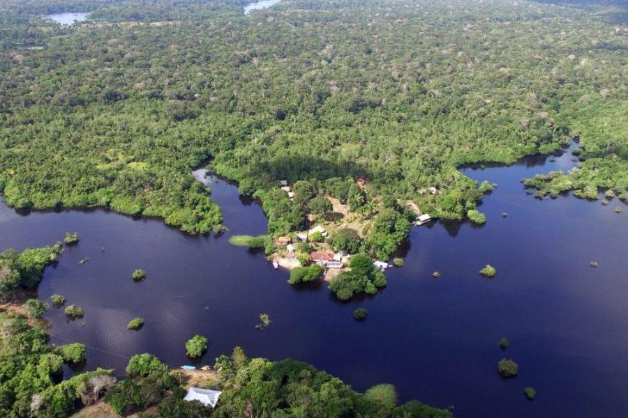 Turtle-Lodge-Mamori-See-Amazonas-GloboTur