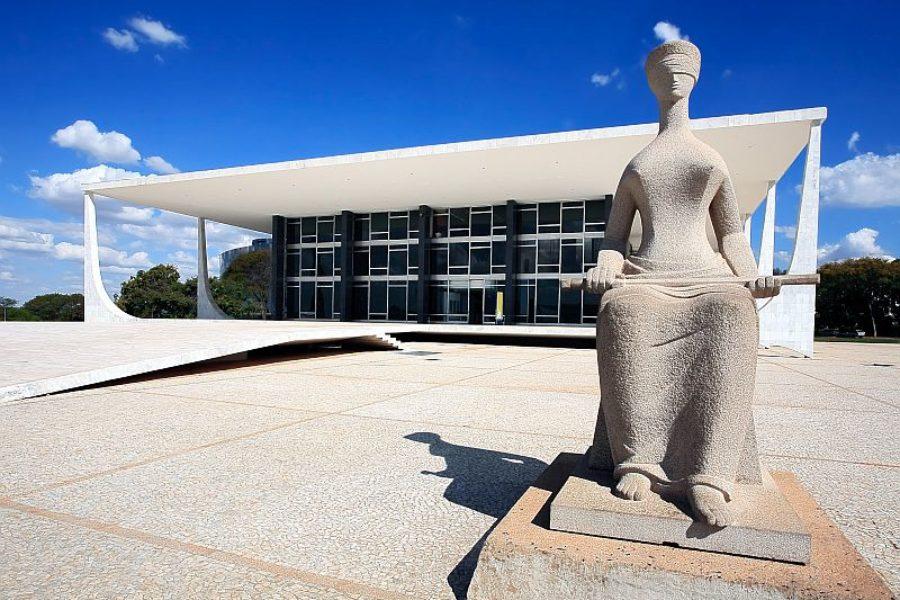 Brasilia-Oscar-Niemeyer-GloboTur